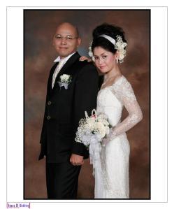 Pasangan yang berbahagia Perry Cornelius Parluhutan Sitohang dan Regina Merry Aprilia Siahaan
