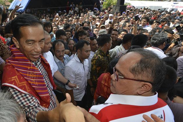 jokowi diulosi orang karo