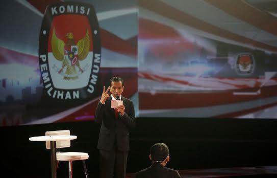 Jokowi_salamduajari